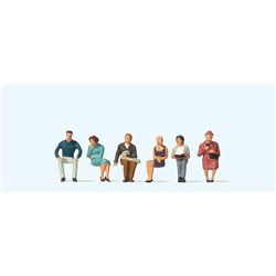 High Quality OO Scale - Seated People (6)