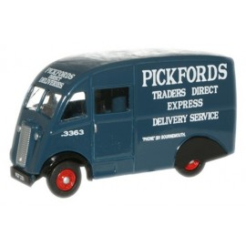 Commer Q25 Van Pickfords
