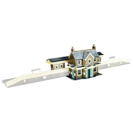 Country Station Building H: 123mm (overall size: 257 x 133mm) - Card Kit