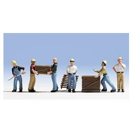 Workers with Pallets (6)