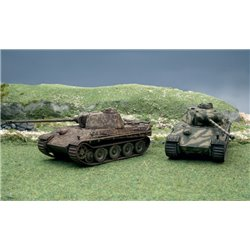 Pz.Kpfw.V Panther Ausf.G Pack x 2 Fast Assembly Kits - scale 1 : 72