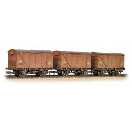 Triple Pack Plywood Fruit Vans BR Bauxite weathered