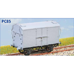 GWR 6T Insulated Van X7 - OO plastic kit