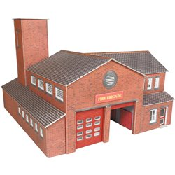 00/H0 Fire Station