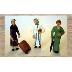 3 x Victorian/Edwardian standing/shopping (O scale 1/43rd)
