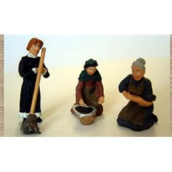 3 x Working Women, scrubber and mopping etc (O scale 1/43rd)