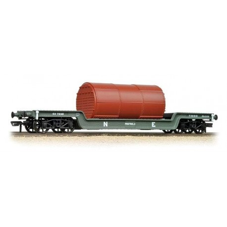 45 Ton bogie well wagon in LNER grey with boiler load