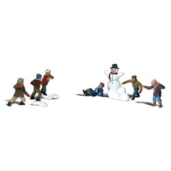 Snowball Fight - N scale (10 pieces)