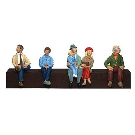 O scale passengers(6) Four Men One Woman One Child by Woodland scenics