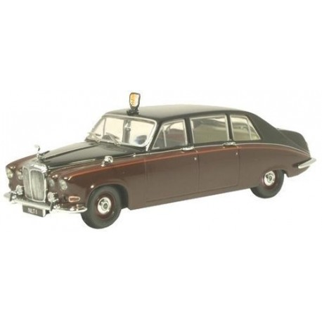 Daimler DS420 Limousine Claret/Black (Queen Mother)