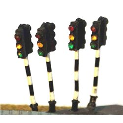 A16p Painted Twin head Traffic Light x 4 N Scale 1:148
