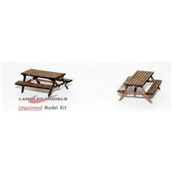 L49 pair wooden pub tables/benches Unpainted Kit O Scale 1:43