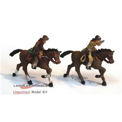 USA2 2 Mounted Cowboys with Pistols Unpainted Kit OO Scale 1:76