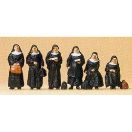 Nuns (6) Exclusive Figure Set