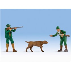 Hunters (2) & Dog Figure