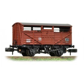 8 Ton Cattle Wagon number B893085 in BR Bauxite (Late) livery.