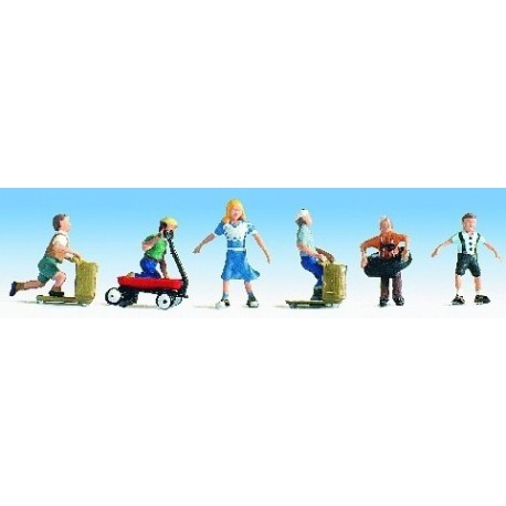 N Scale (1/148 - 1/160) Children Playing(6) Five Boys One Girl by Noch