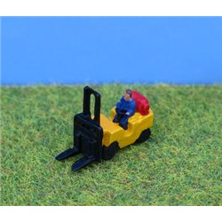 N Gauge Painted Fork Lift