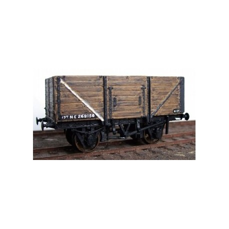 SR/LNER13ton 8 planks End Door Wagon