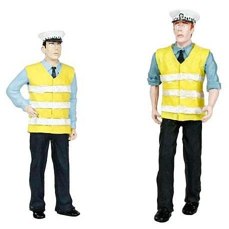 G scale (Garden) Police & Security Staff(2) Two Men by Bachmann