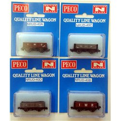 Set of 4 mineral 5 plank wagons Isle of Wight liveries