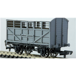 LBSCR 6/10 ton Cattle Wagon S.R. Dia. 1527 (8)